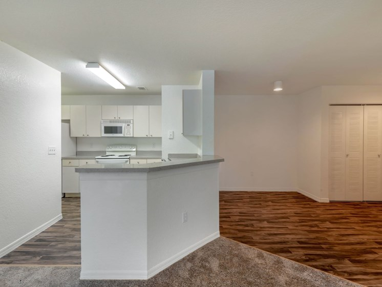 Windchase Apartments | Kitchen/Dining Room
