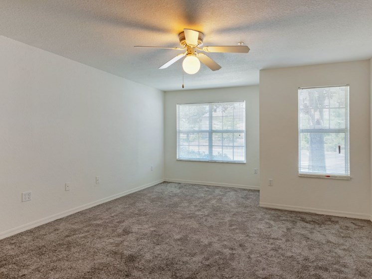 Windchase Apartments | Living Room