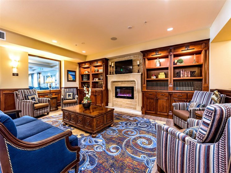 Lounge Area With Comfortable Seating  at Pacifica Senior Living Oxnard, Oxnard, CA, 93036