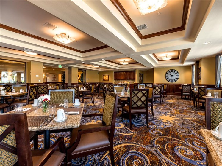 Dining Room Seating at Pacifica Senior Living Oxnard, Oxnard, 93036