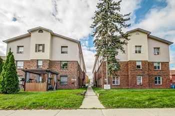 496/498 Simcoe Street North 1-2 Beds Apartment for Rent Photo Gallery 1