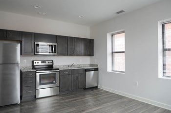 405 W Redwood 1-2 Beds Apartment for Rent Photo Gallery 1