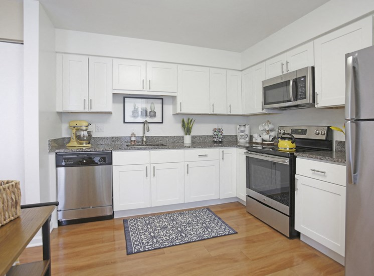 Magnolia 2Bed 2Bath Kitchen 965 s.f.