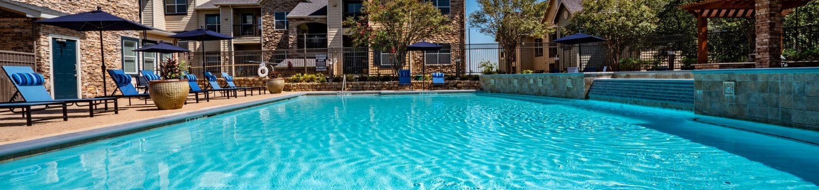 Relaxing Swimming Pool at The Reserve at Walnut Creek, Austin, TX