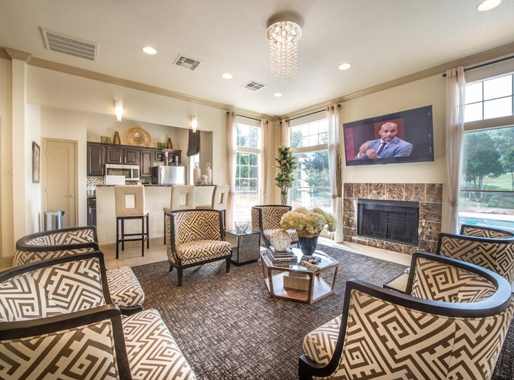 Steeplechase apartments in knoxville, TN clubhouse and community kitchen