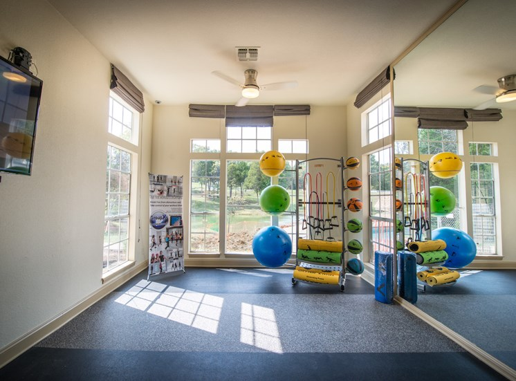 Steeplechase apartments in knoxville, TN fitness studio