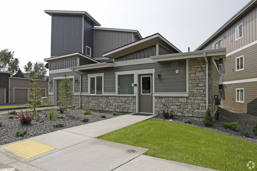 dakota-flats-spokane-wa-welcome-center