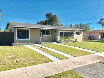 20701 Eagle Nest Rd 3 Beds House for Rent Photo Gallery 1