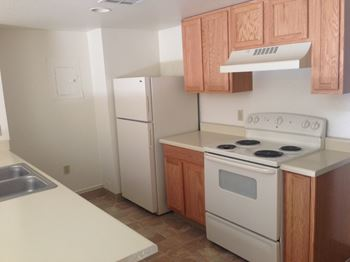 334 West Monroe Street Studio-2 Beds Apartment for Rent Photo Gallery 1