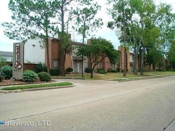 Silverfield Condos 1 Bed House for Rent Photo Gallery 1