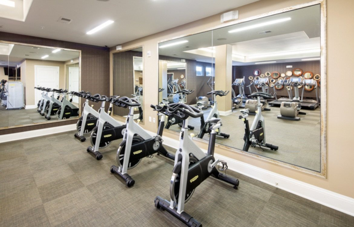 apartments for rent with fitness center