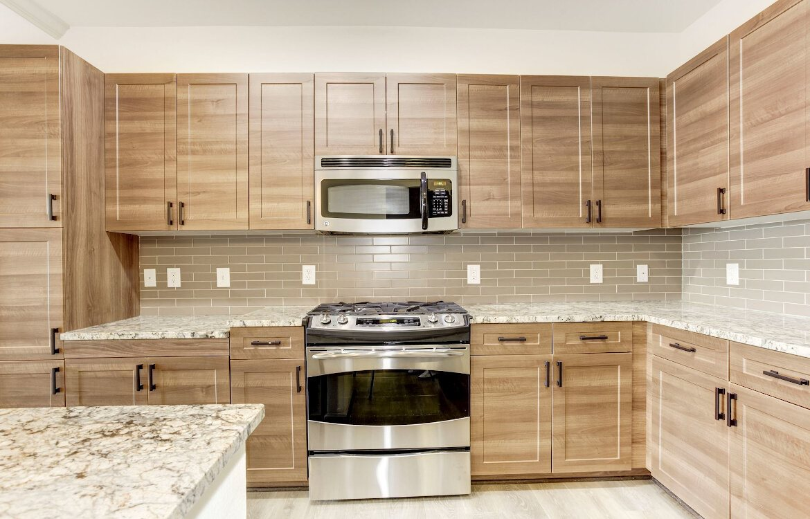 Enclave at Potomac Club Apartments in Woodbridge, kitchen
