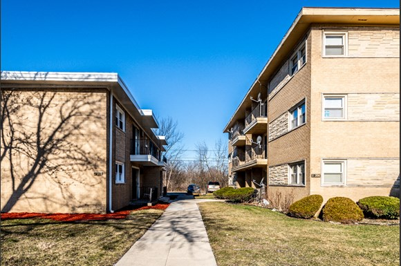 Apartments for rent in Dolton, IL | 15210 Chicago Rd