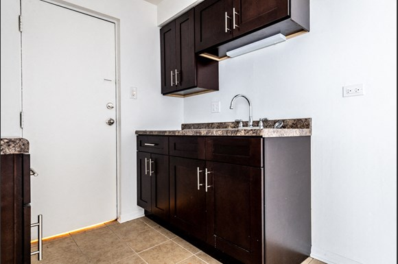 Apartments for rent in Dolton, IL | 15210 Chicago Rd Kitchen