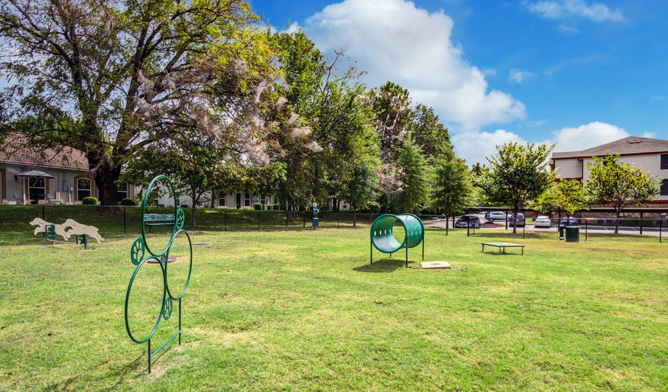 Dog Park at The Ranch at Pinnacle Point Apartments in Rogers, AR
