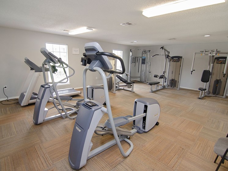 Resident fitness room at 21 South Parkview Apartments in Baton Rouge, LA