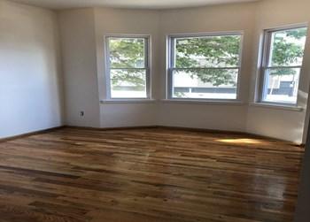 15 Fulton Street Studio Apartment for Rent Photo Gallery 1