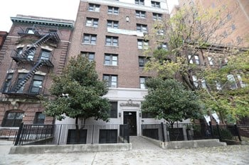 39 Lincoln Park 1-2 Beds Apartment for Rent Photo Gallery 1