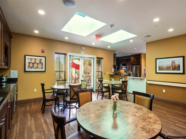 In-suite dining at Healdsburg, A Pacifica Senior Living Community, Healdsburg, CA, 95448