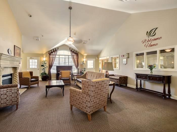 Pacifica Senior Living Bakersfield Legacies community, offers dementia care in a home like environment.