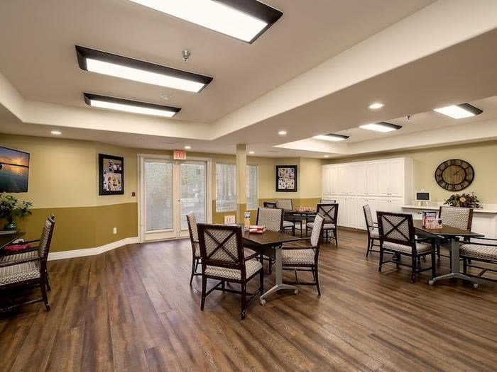 Contemporary Dining area at Pacifica Senior Living Chino Hills in Chino Hills, California