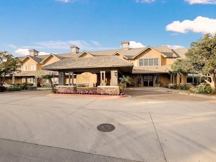 Welcome to Pacifica Senior Living Chino Hills in California