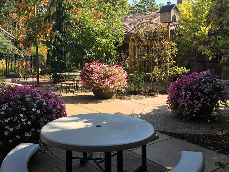 Colorful Flowering Plants at Courtyard at Coeur d'Alene, Idaho, 83814, Pacifica Senior Living