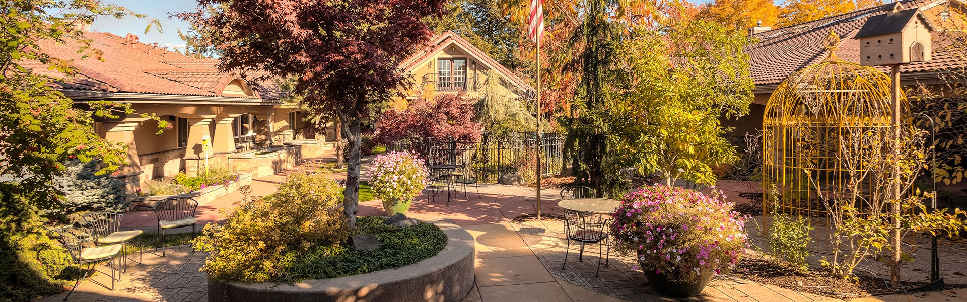 Beautiful Garden Setting at Courtyard at Coeur d'Alene, Idaho, 83814, Pacifica Senior Living