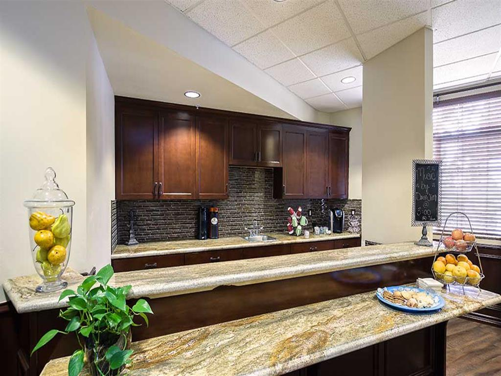 Common area kitchen at Pacifica Senior Living Country Crest