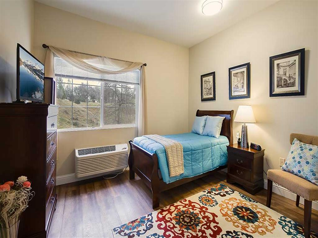 Bedroom at Pacifica Senior Living Country Crest