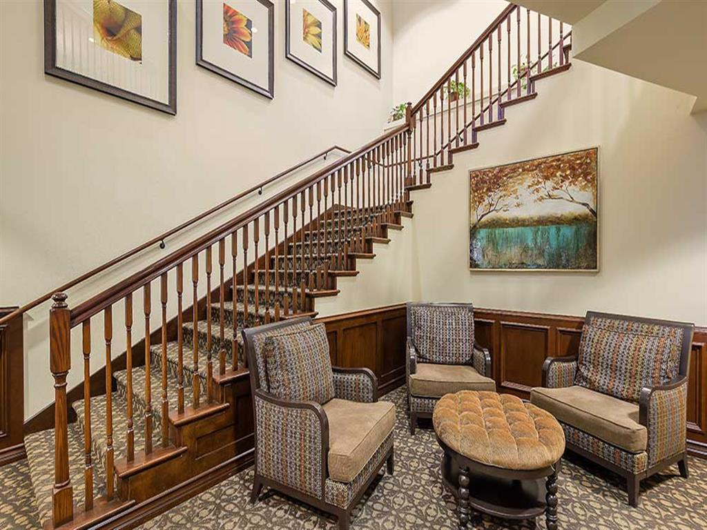 Front staircase at Pacifica Senior Living Country Crest