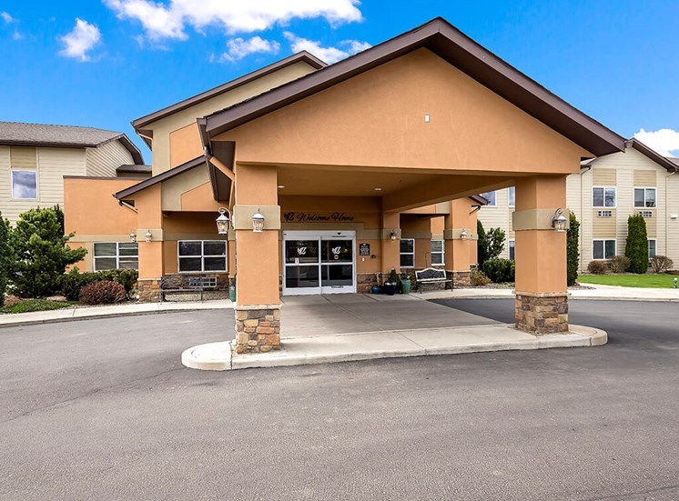 Entrance with Architectural Details at Pacifica Senior Living Ellensburg, Ellensburg, WA, 98926