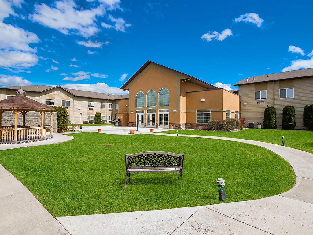 Magnificent Outdoor area to enjoy weather at Pacifica Senior Living Ellensburg, Ellensburg, WA