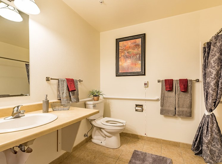 Wheelchair Accessible Showers at Pacifica Senior Living Ellensburg, Ellensburg, WA