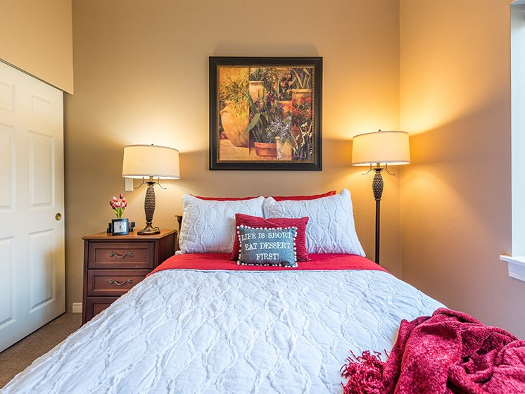 Soft Comfy Beds at Pacifica Senior Living Ellensburg, Ellensburg
