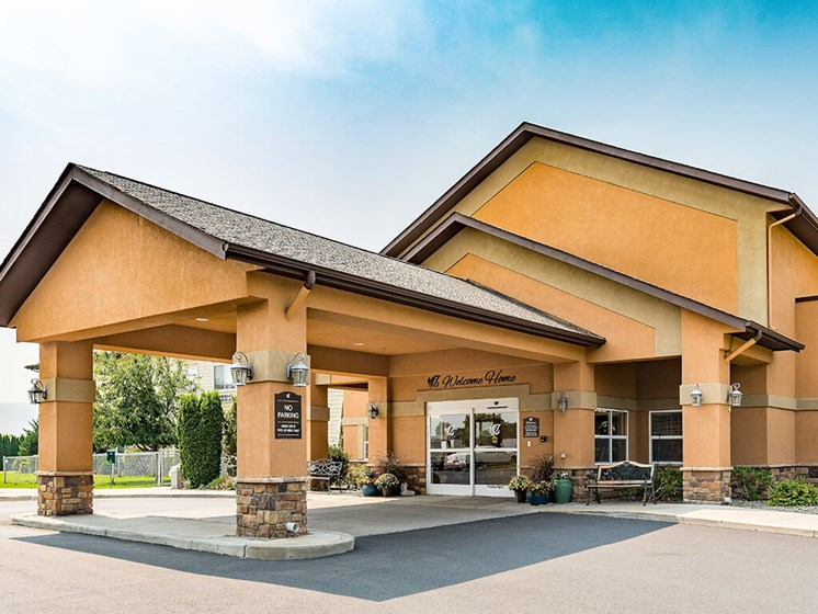 Appearance of Main Entry at Pacifica Senior Living Ellensburg, Washington