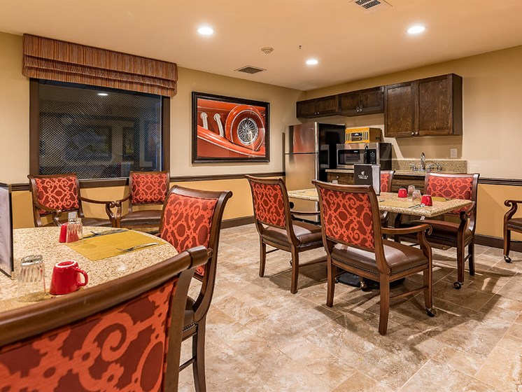 Fully Equipped Dining Area at Pacifica Senior Living Ellensburg, Ellensburg, Washington