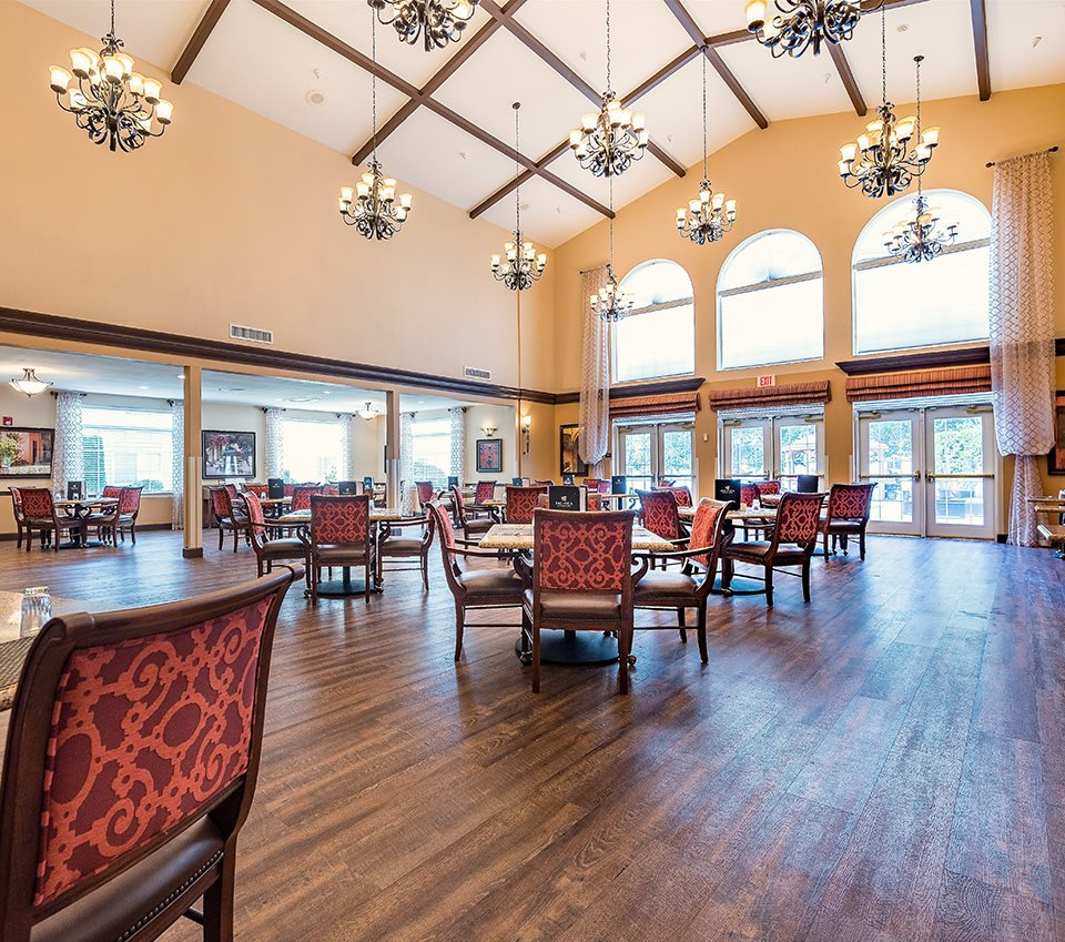 Elegant Interiors Vaulted Ceiling at Pacifica Senior Living Ellensburg, Ellensburg, Washington