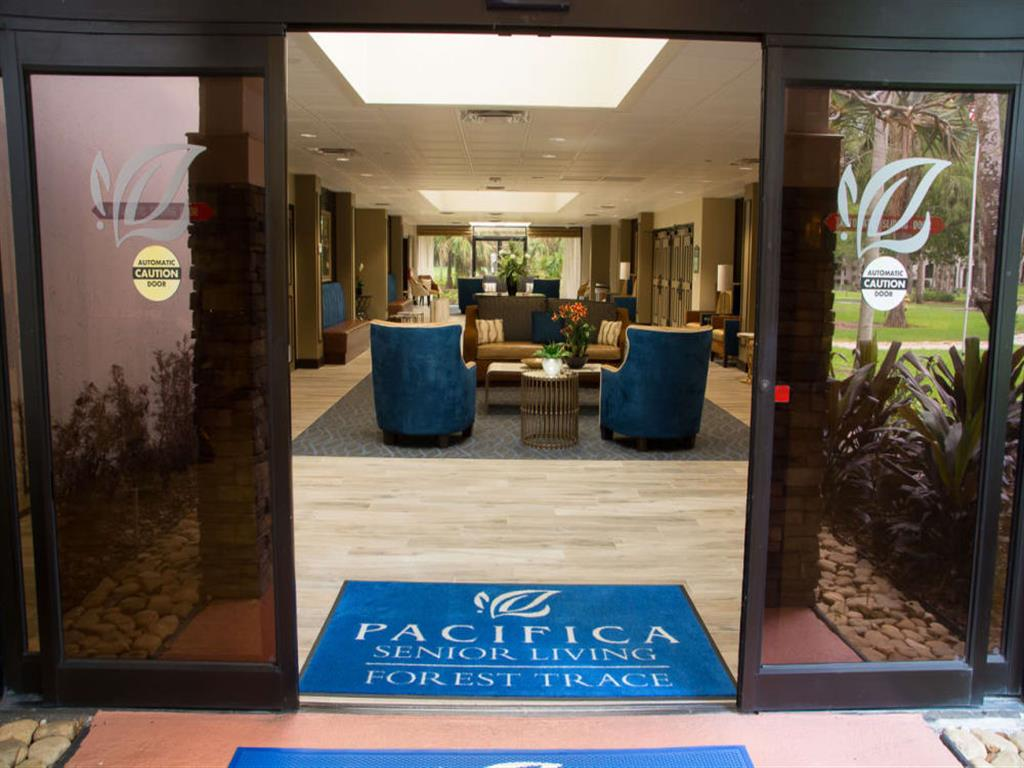Welcoming Front entrance at Pacifica Senior Living Forest Trace in Lauderhill, Florida