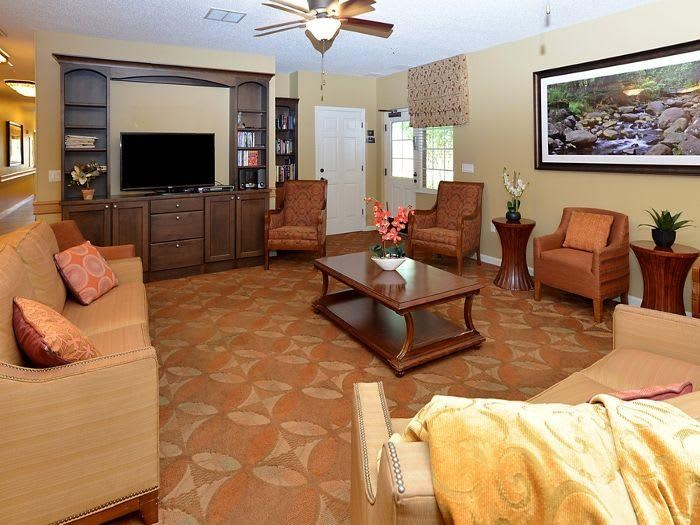 Living room at Pacifica Senior Living Fort Myers
