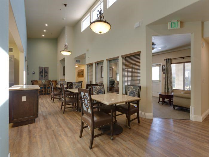 Dining room at Pacifica Senior Living Green Valley in Henderson