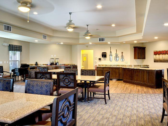 Healthy Meals in our Dining room at Pacifica Senior Living Green Valley