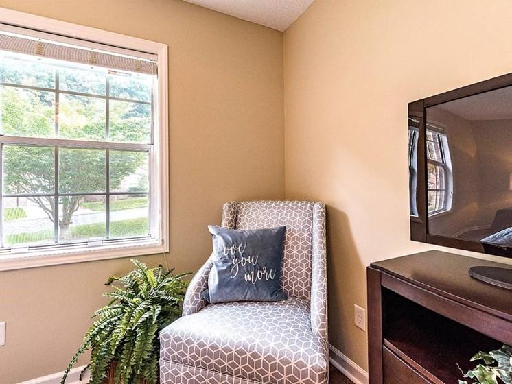 Relishing Senior Living at Pacifica Senior Living Heritage Hills, North Carolina, 28791