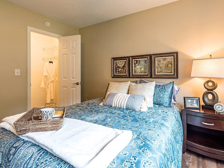 Housekeeping Services for Bedroom and House at Pacifica Senior Living Heritage Hills in Hendersonville, North Carolina