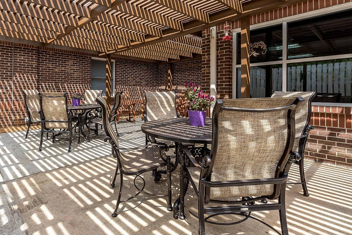 Outdoor Pergola Covered Patio for Socializing Pacifica Senior Living Heritage Hills in Hendersonville, North Carolina