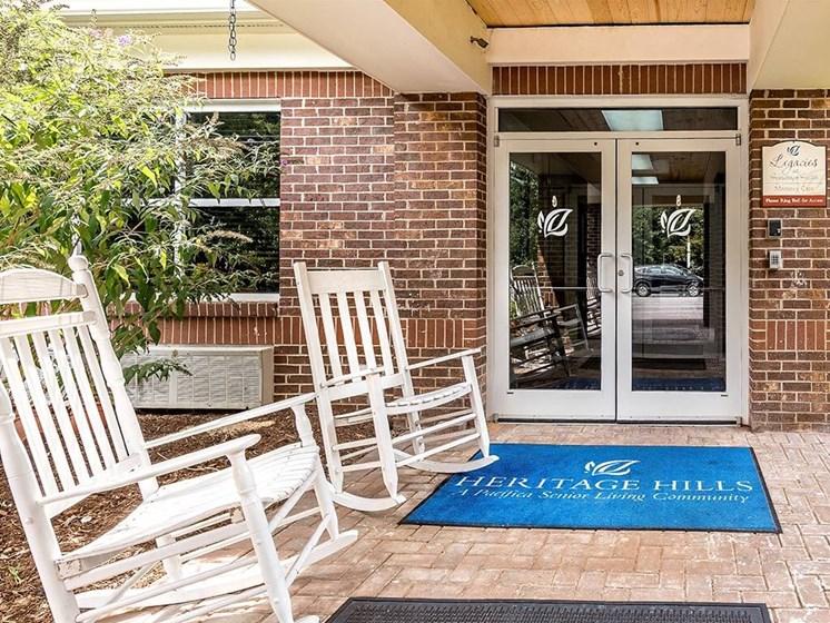 Meet Friends at Pacifica Senior Living Heritage Hills in Hendersonville, North Carolina