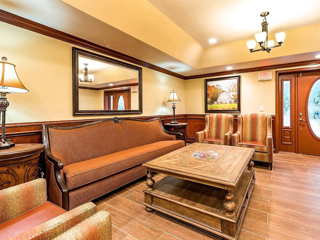 Peace of Mind, Dedicated Staff at Pacifica Senior Living Heritage Hills in Hendersonville, NC