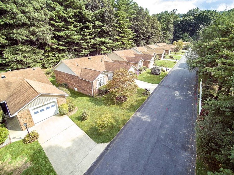 Aerial IL Street at Pacifica Senior Living Heritage Hills in Hendersonville, North Carolina