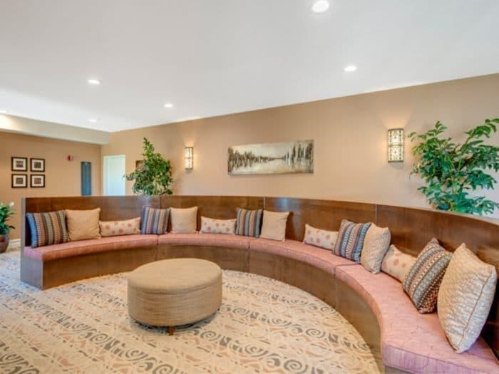 Convenient Sitting area at Pacifica Senior Living Hillsborough