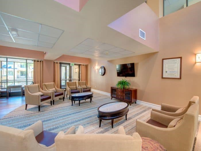 Contemporary Designed Lounge at Pacifica Senior Living Hillsborough in Chino